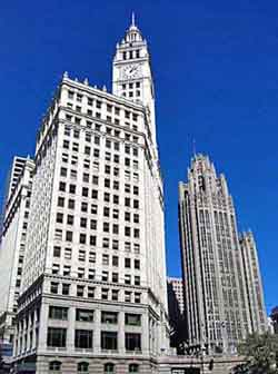 Wrigley Building и Tribune Tower в Чикаго